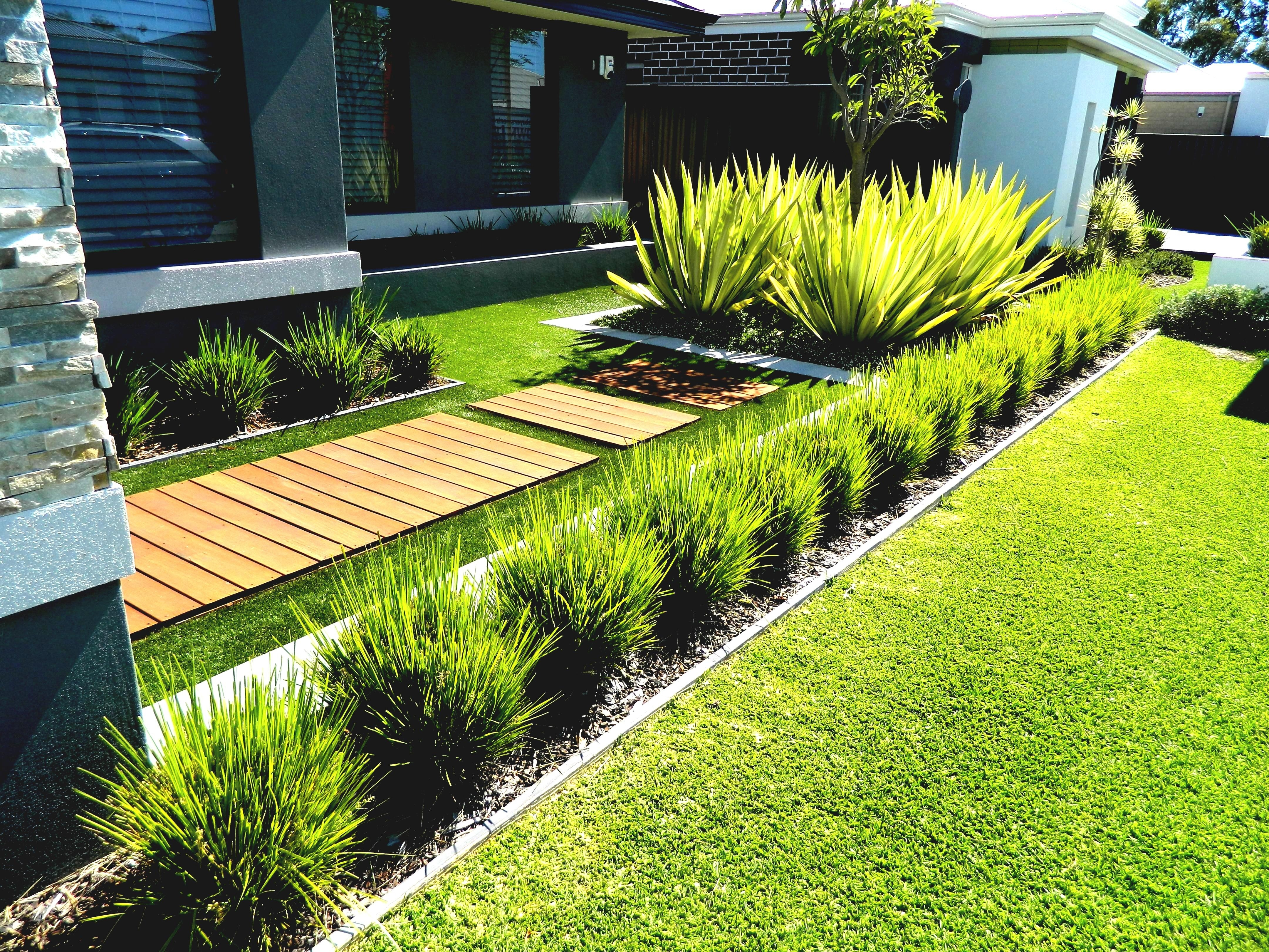 8 Luxurius Simple Landscaping Ideas Pictures
