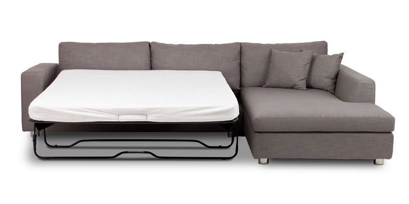 Corner Couch with Pull Out Bed