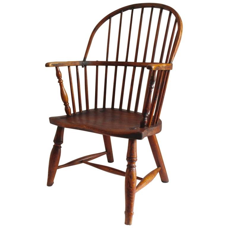 Early 18th Century English Windsor Chair For Sale
