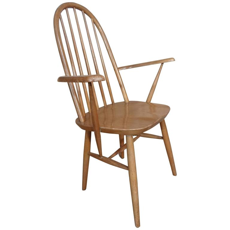 20th Century Retro Vintage Wooden Armchair or Bedroom Chair For Sale
