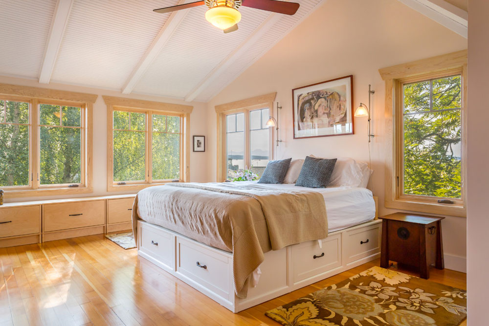 West-Seattle-Waterfront-Retreat-by-Cassie-Daughtrey-Realogics-Sothebys-Realty Have you seen these awesome loft bedroom ideas?