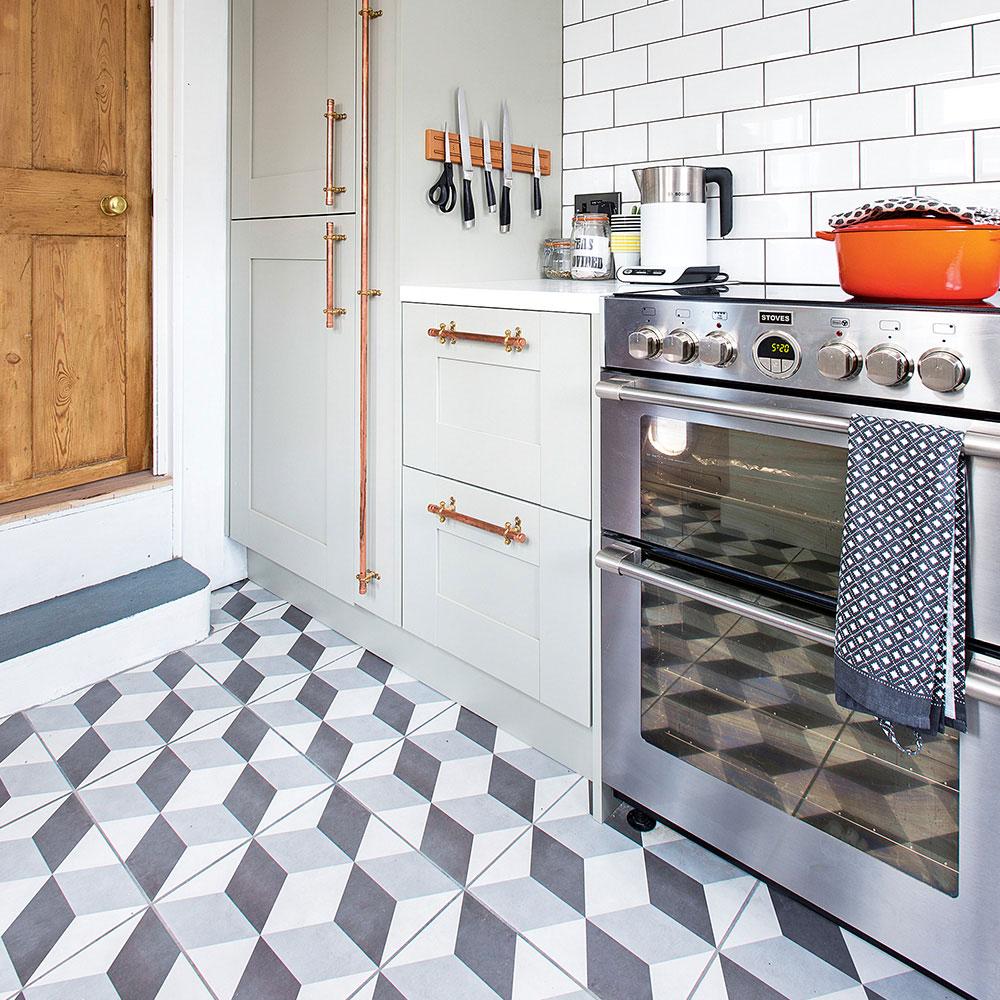 Geometric Floor Tiles-Kitchen Floor-Ideas-Jonathan-Jones A Beginner's Guide to Kitchen Tile Picking