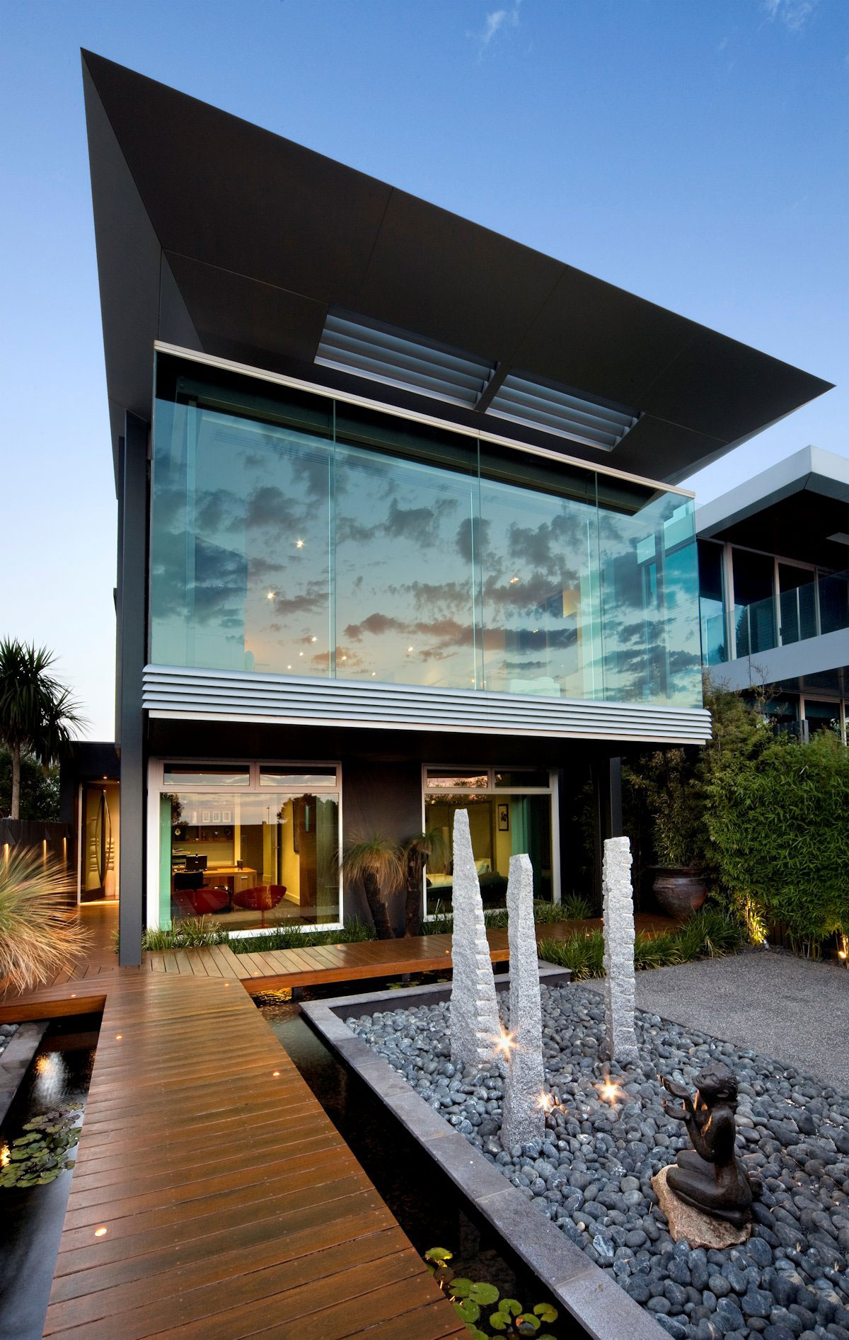 Esplanade-House-by-Finnis-Architects Australian architecture and some beautiful houses to inspire you