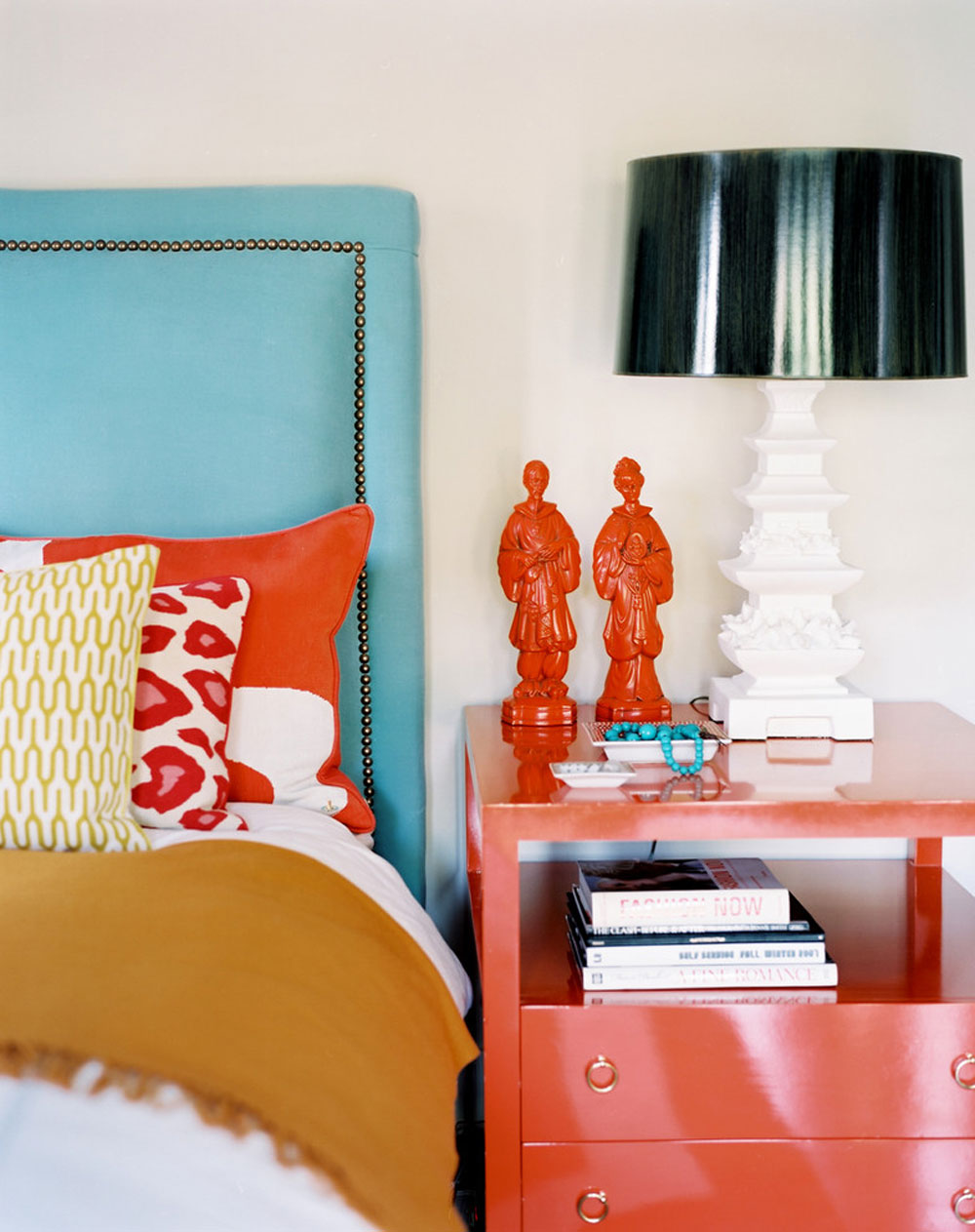 Betsy-Burnham-by-Burnham-Design The Coral Color: How to Use It to Decorate Beautiful Interiors