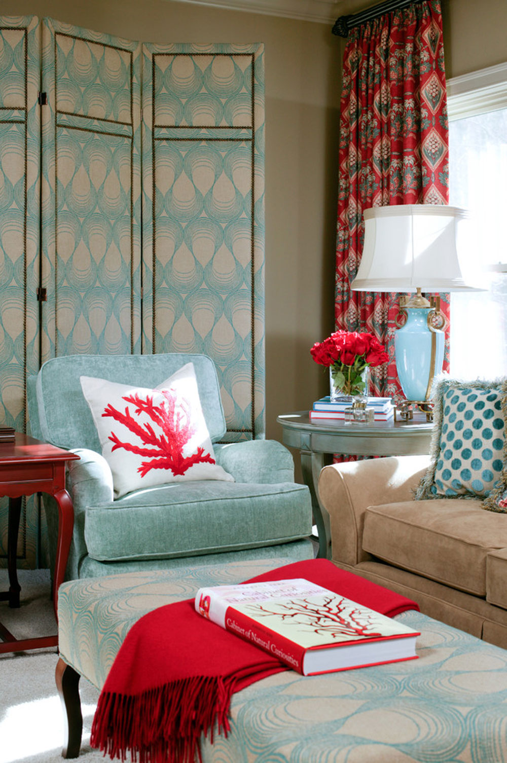 Bella-View-by-Tobi-Fairley-Interior-Design The aqua color: How to decorate your house interior with it