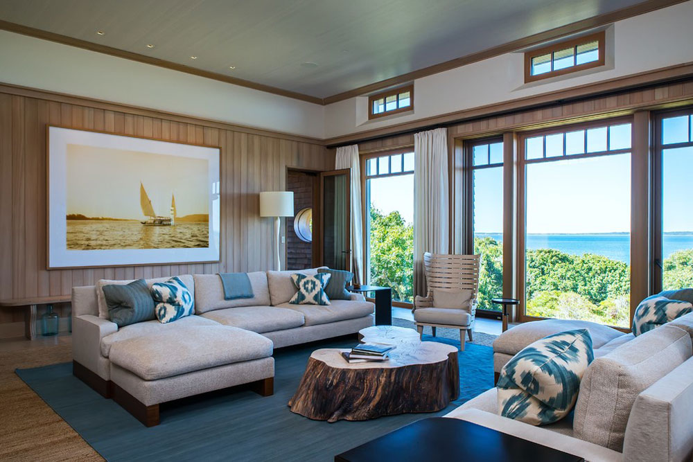 Shingle-Style-von-Marthas-Vineyard-Construction-Co.-Inc.-2 The aqua color: How to decorate your house interior with it
