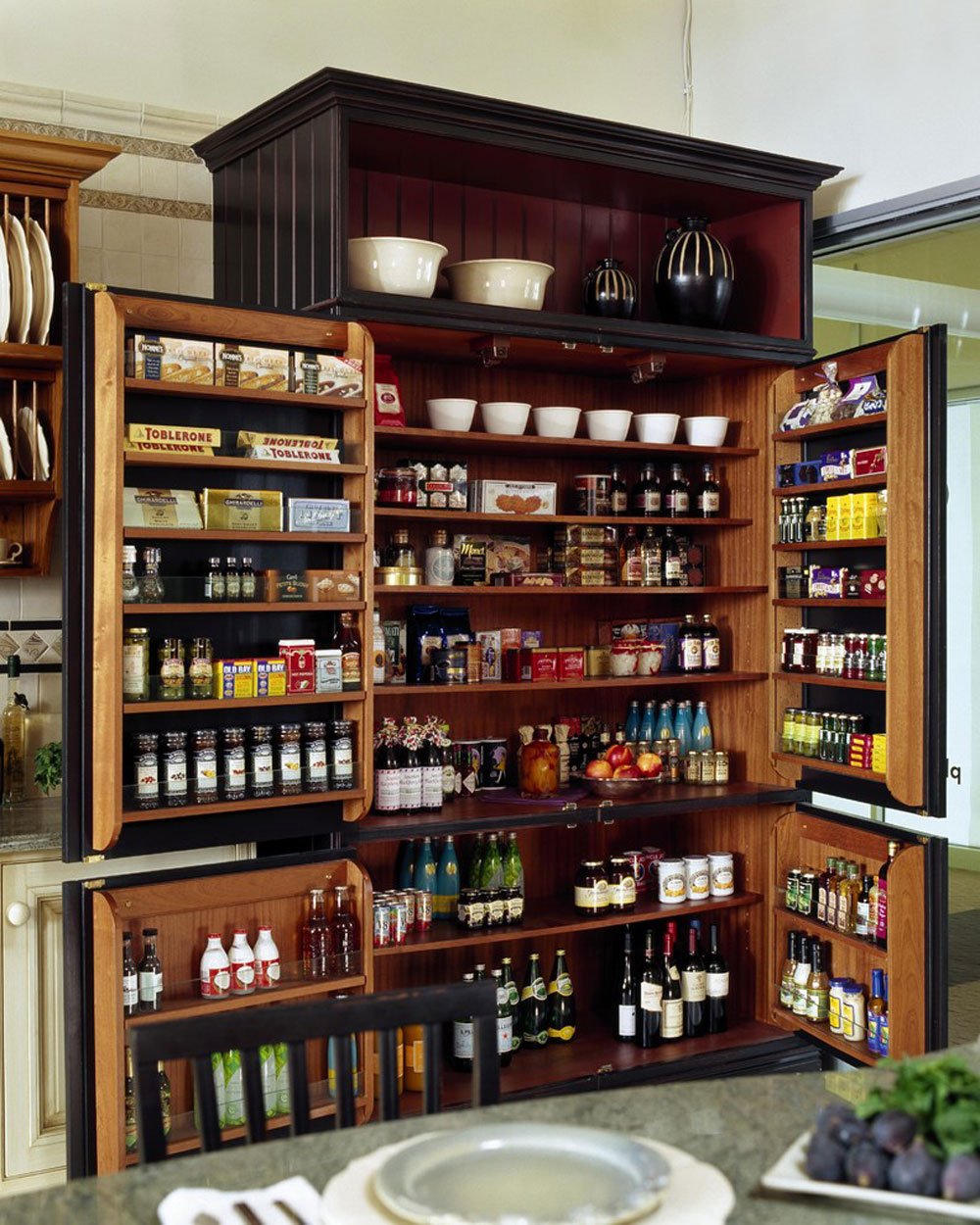 Showroom-Display-by-Venegas-and-Company Pantry cabinet ideas: shelf and storage ideas for your kitchen