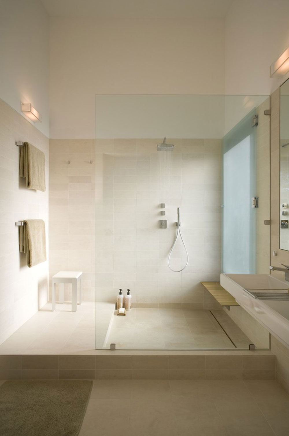 Fairfield House by Webber Studio Architects Shower niche ideas and best practices for your bathroom