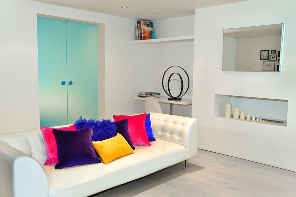 Living room-by-Cathy-Phillips-Co Small apartment living room ideas on a budget