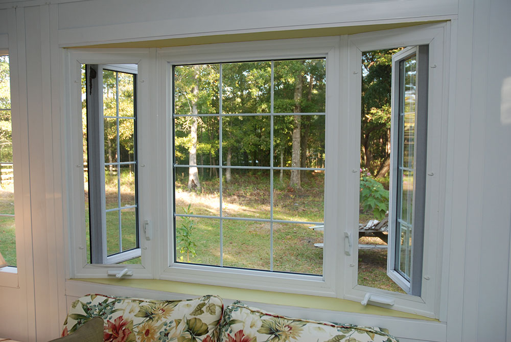bay_windows_4075 Are energy efficient vinyl replacement windows really saving you money?