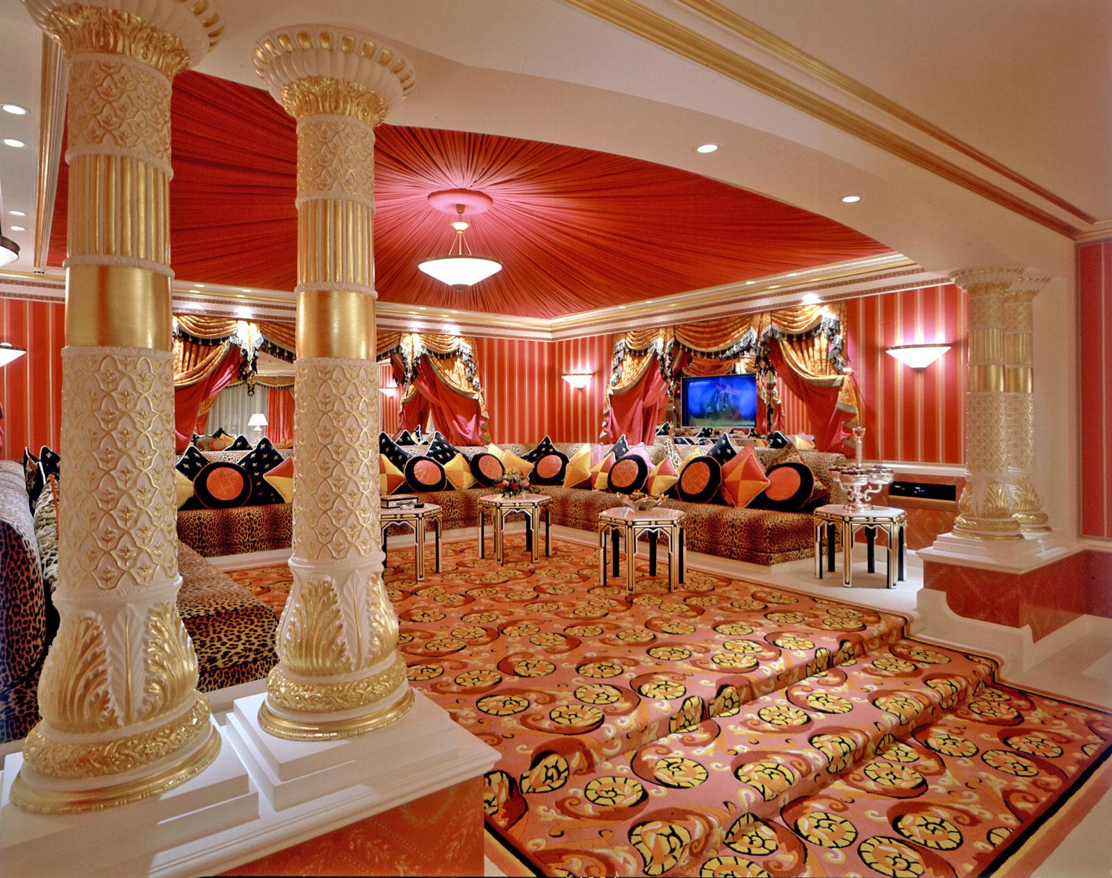 Color Arabic interior design, decor, ideas and photos
