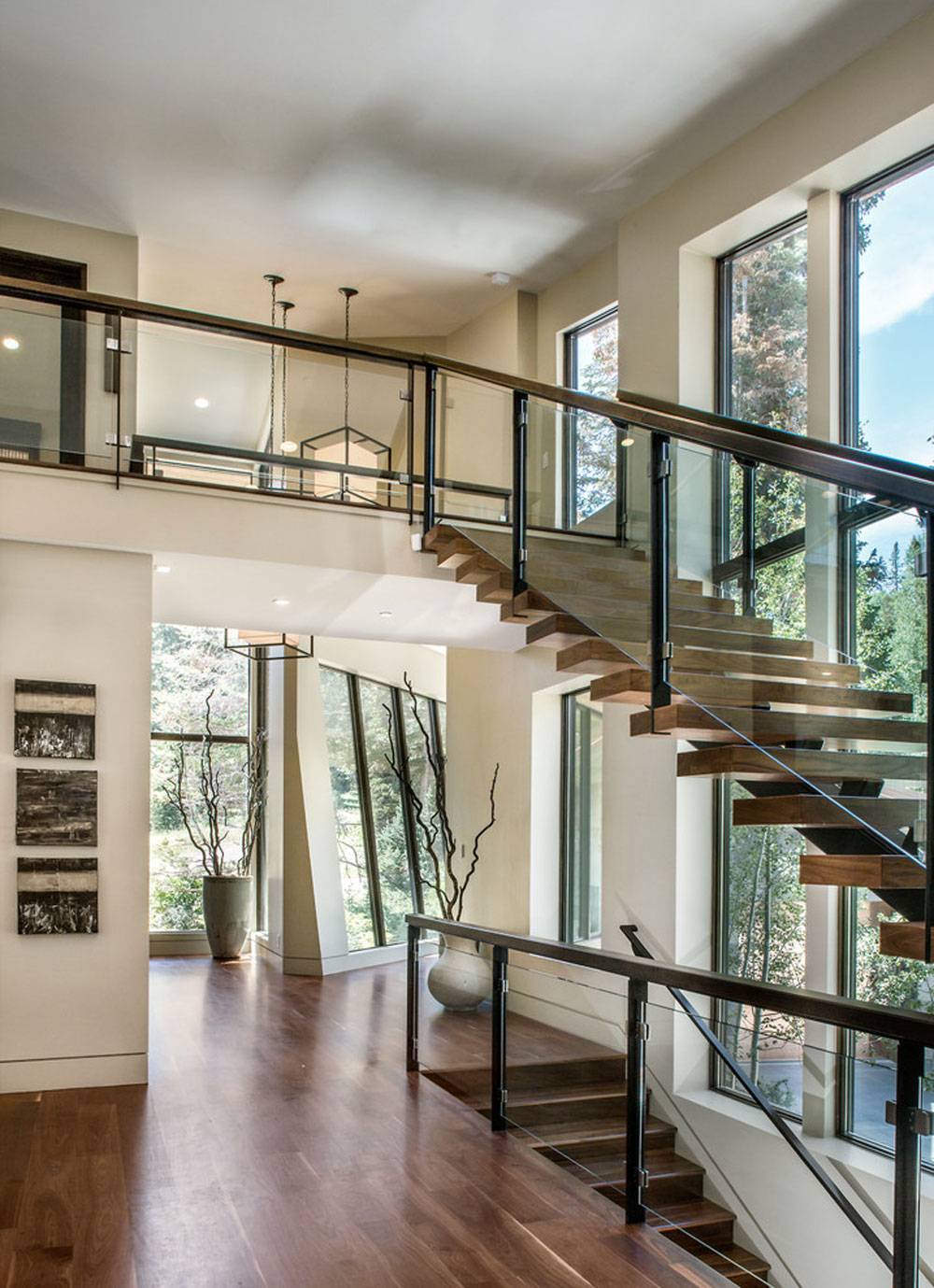 contemporary staircase2 Contemporary and modern interior design features