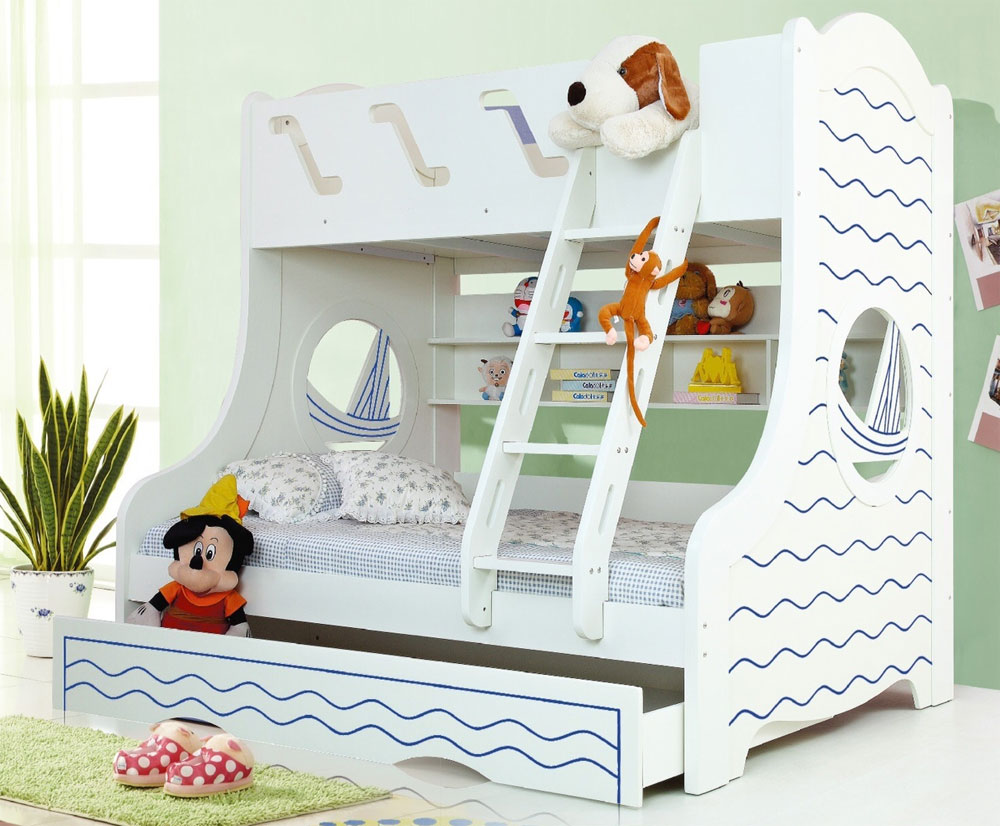 Trio bunk bed with storage space and extra rollaway bed 20 low bunk beds ideas for low ceiling spaces