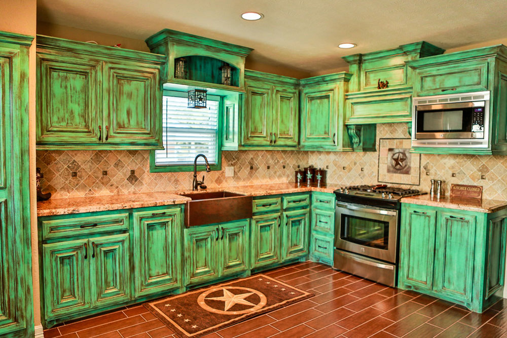 Traditional-Kitchen-by-copperbasinhomes Green kitchen: ideas, decor, curtains and accessories