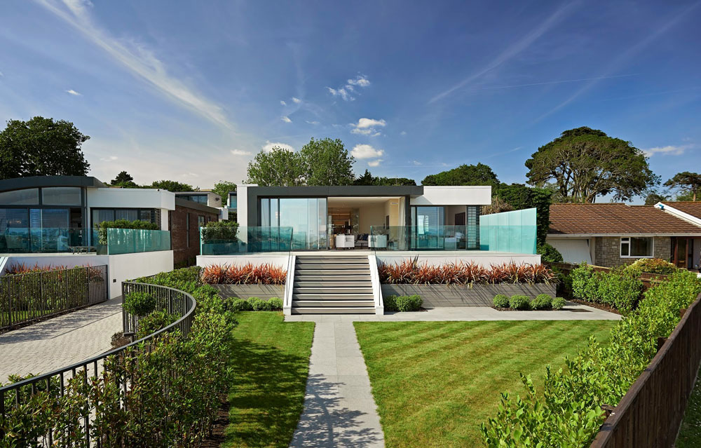 A-pair-of-modern-English-houses-1 A pair of modern-English houses with beautiful interiors