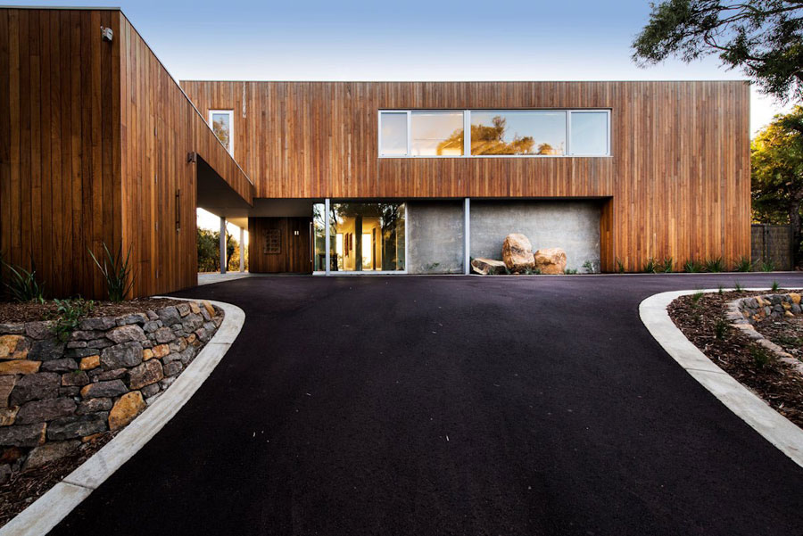 2 Contemporary Masterpiece Eagle Bay Residence Designed by Paul Jones