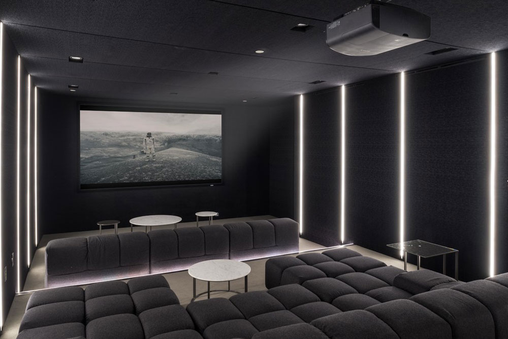 1231-Lago-Vista-by-Palumbo-Design-und -entwicklung Futuristic house designs: furniture and home decor