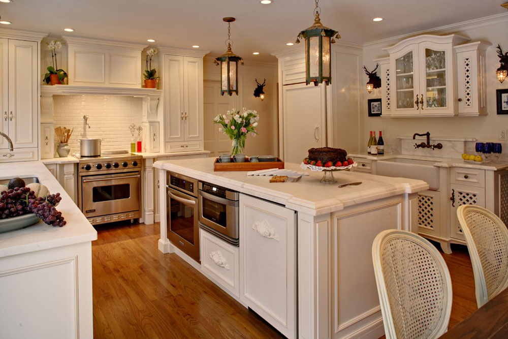 Alicia-Shearer-by-Alicia-Shearer-ASID-CID French country kitchen: decor, cabinets, ideas and curtains