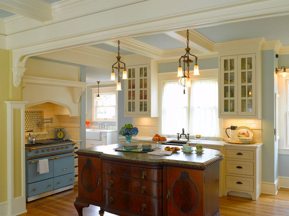 Nob-Hill-French-Victorian-by-ROM-Architecture-Studio-2 French country kitchen: decor, cabinets, ideas and curtains
