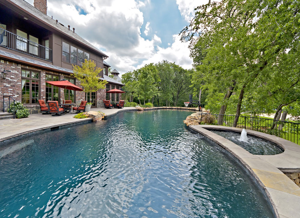 Advantages and Disadvantages of a Swimming Pool in Your Garden3 Advantages and Disadvantages of a Swimming Pool in Your Garden