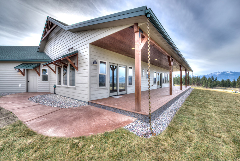 Custom-Ranch-House-Craftsman-von-Beck-Builders-Inc.  Indoor and outdoor ranch style ideas for a modern home