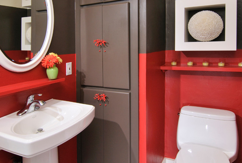 carmel-tal-by-hkw-designs-inc Red bathroom ideas: carpets, accessories and decor