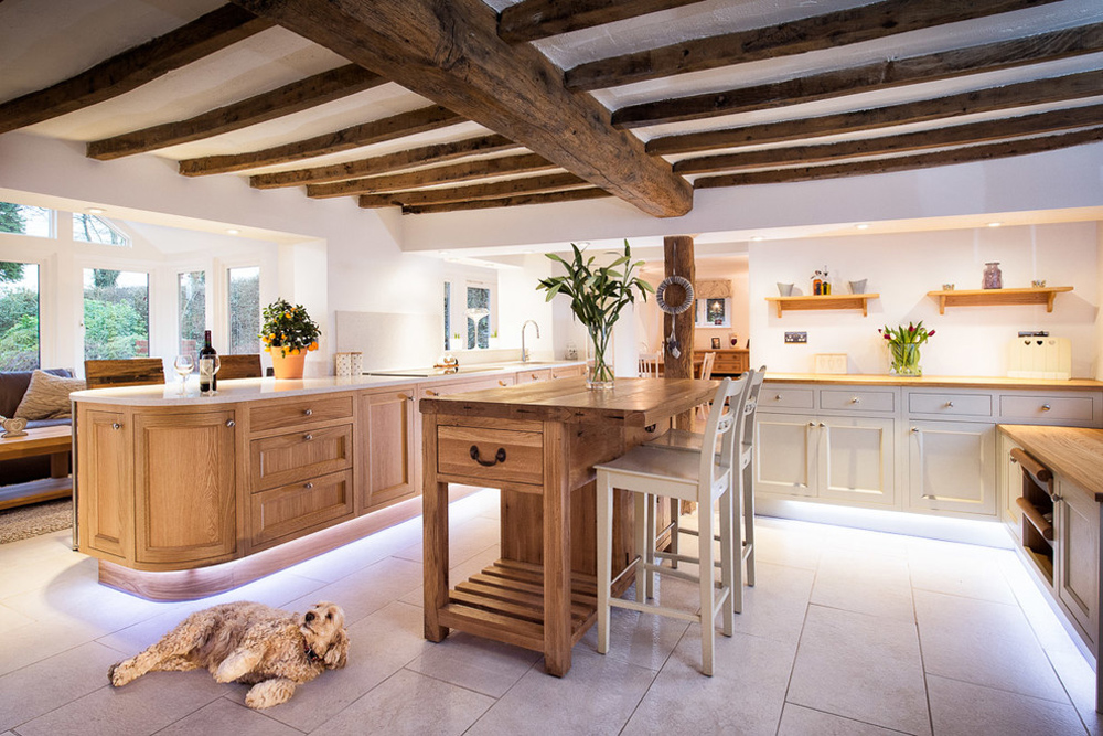 In-Frame-Oak-Painted-Kitchen-Cabinetry-by-Charnwood-Küchen-Interiors-Ltd Breakfast bar: table, stool and design ideas