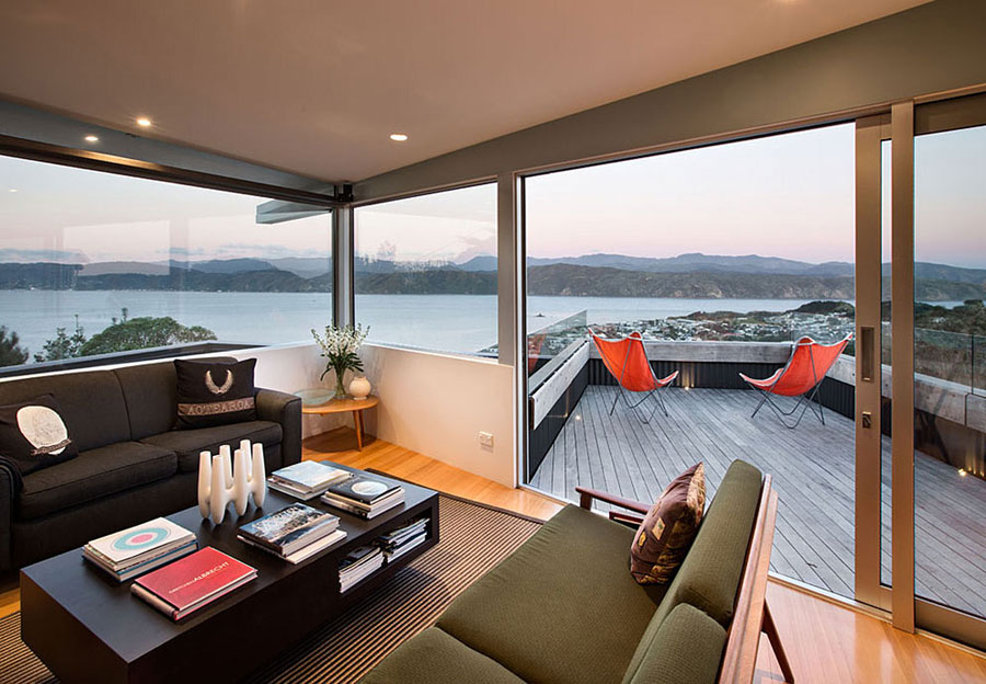 2 house in New Zealand with a modern design and amazing views