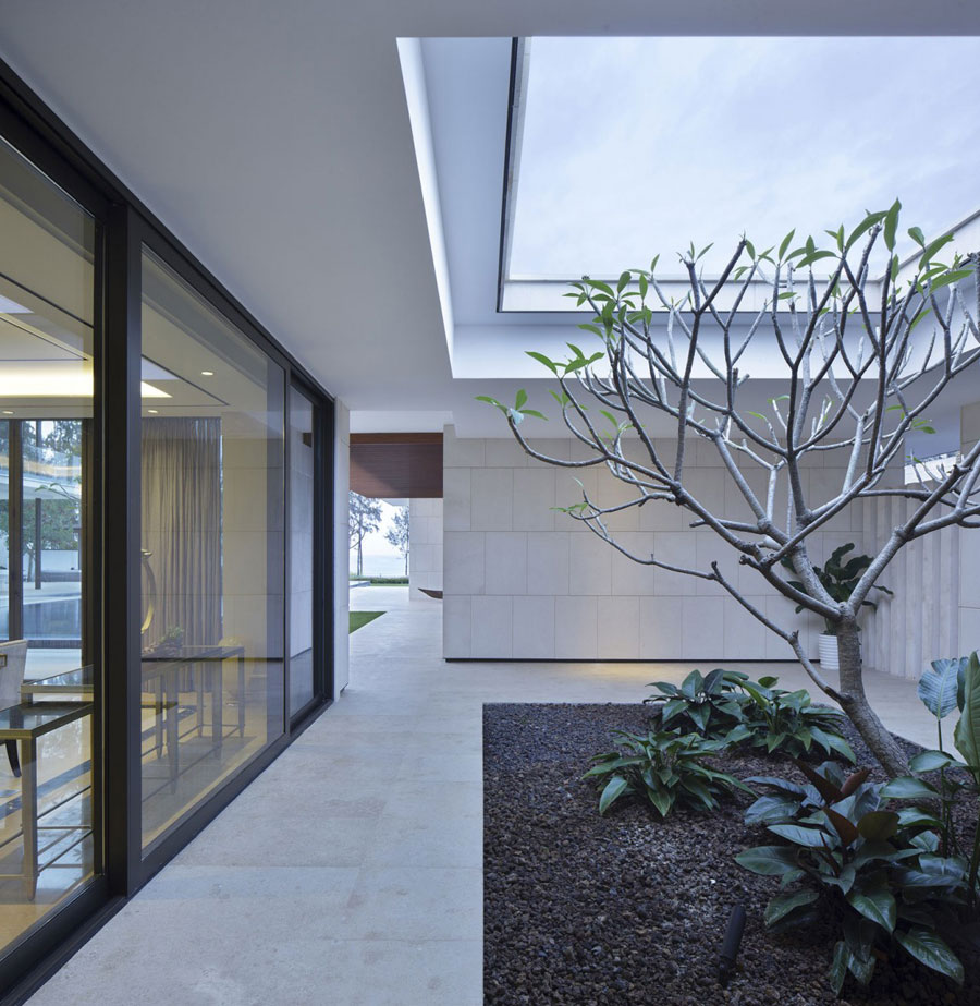 8 Modern Chinese Villa with Luxurious Features Designed by Gad
