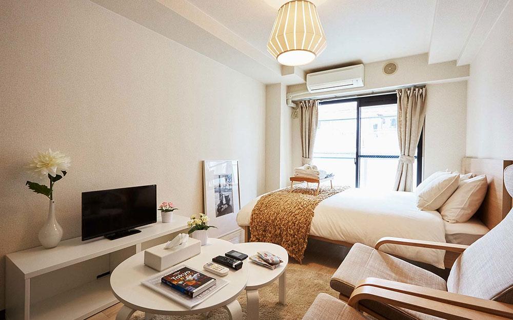 01-stylish-close-shinjuku-airbnb-apartment-rental-BNBTOKYO0917 Useful tips for choosing the best apartment when traveling