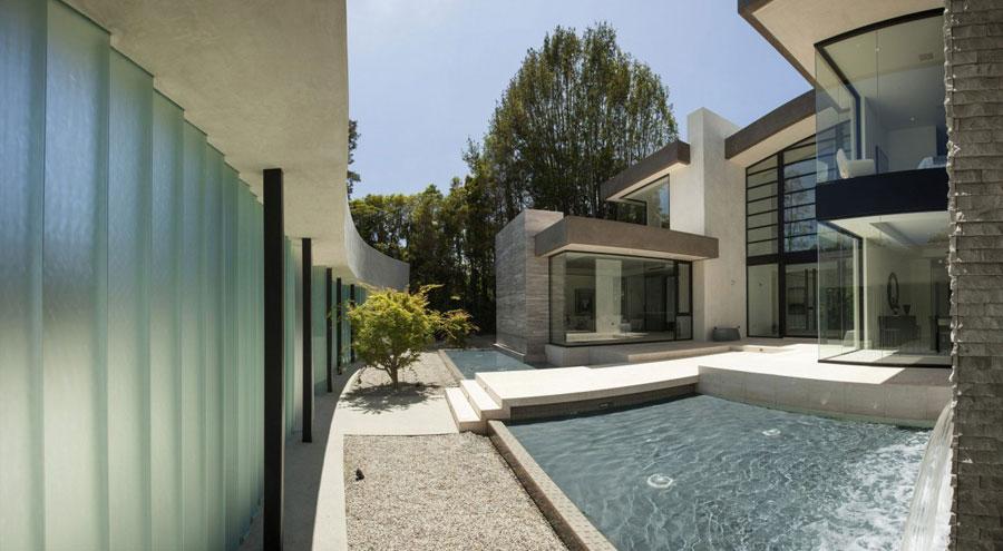3 Elegant San Vicente home designed by McClean Design