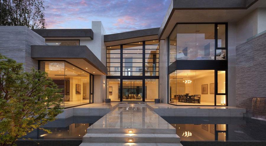 16 Elegant San Vicente home designed by McClean Design