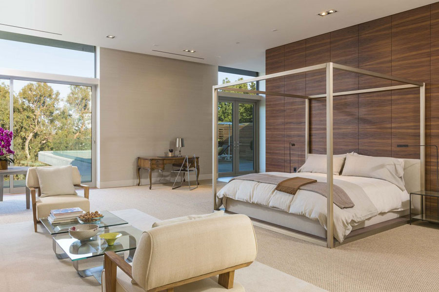 12 Spectacular Los Angeles Property Designed by Quinn Architects