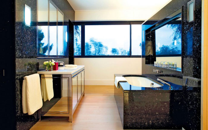 82284481206 Luxurious oceanfront villa with spectacular views