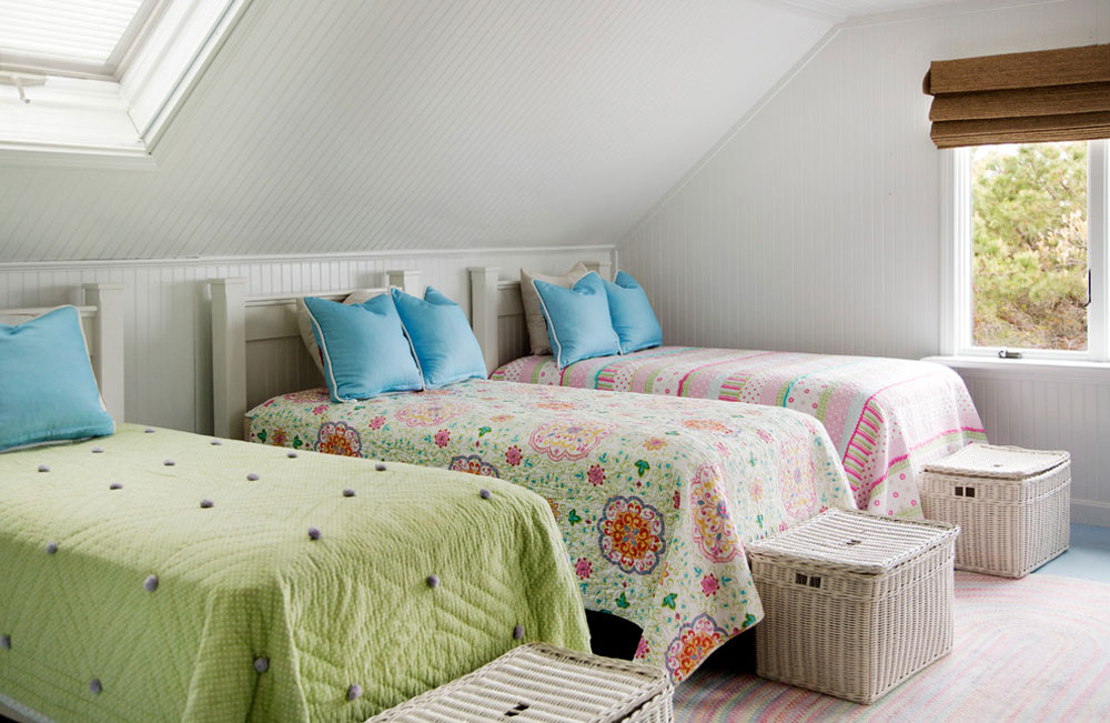 Beach-style-bedroom-by-Kelly-Mcguill-Home What is a comforter: definition, tips, and examples