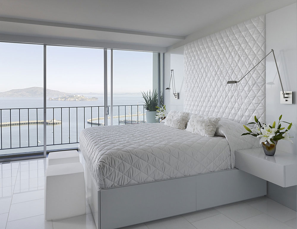 Fontana-Interior-by-Mark-English-Architects-AIA What is a coverlet: definition, tips and examples