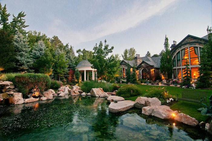 84912493897 Beautiful mansion with traditional interior design - Holladay Estate