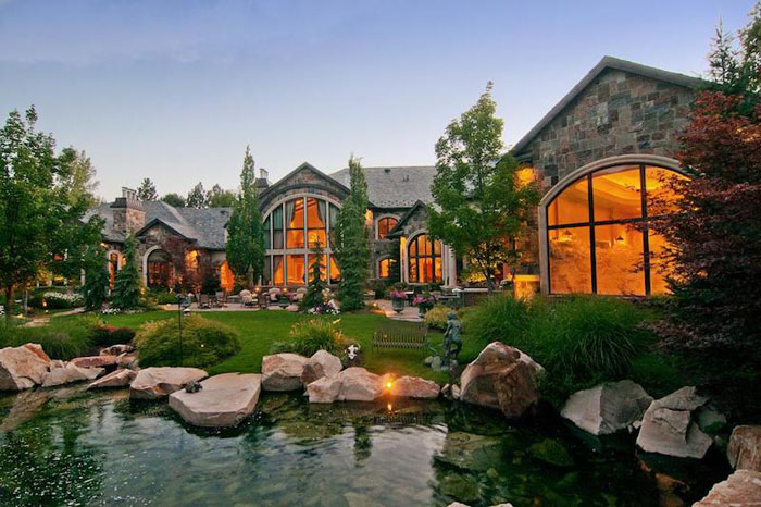 84912498802 Beautiful mansion with traditional interior design - Holladay Estate
