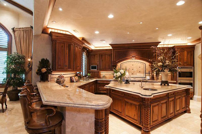 84912584837 Beautiful mansion with traditional interior design - Holladay Estate