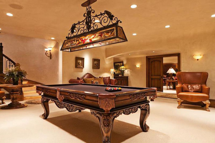84912612992 Beautiful mansion with traditional interior design - Holladay Estate