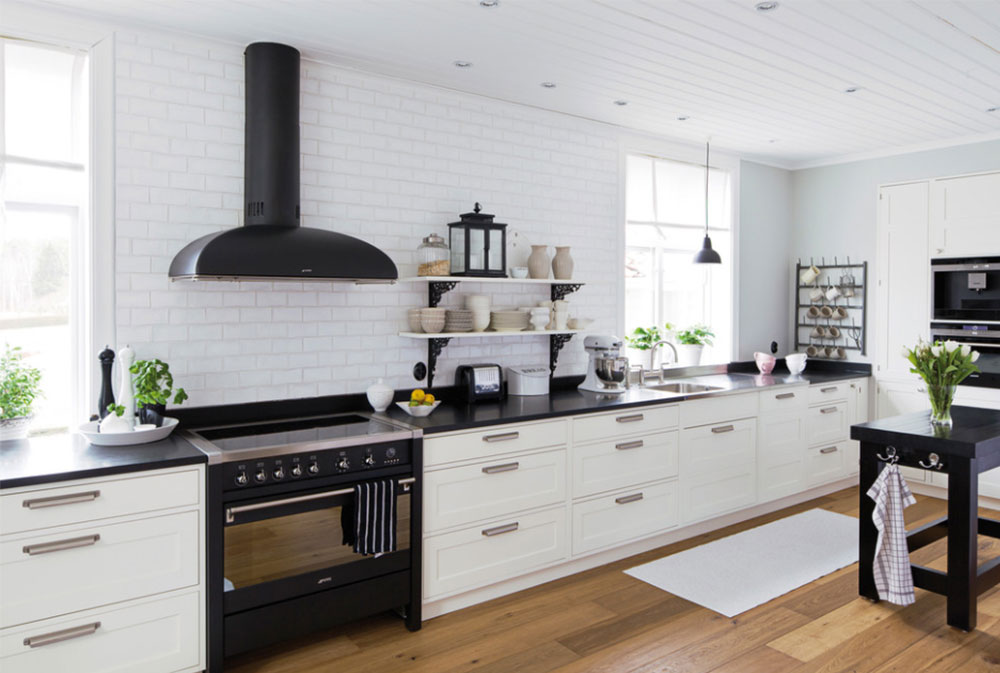 Tolycke-by-Kungsäter-Kök-Göteborg black and white kitchen design ideas