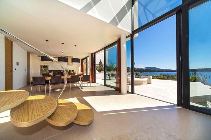 73736469567 The exquisite Golden Rays Villa in Croatia on the Adriatic Sea