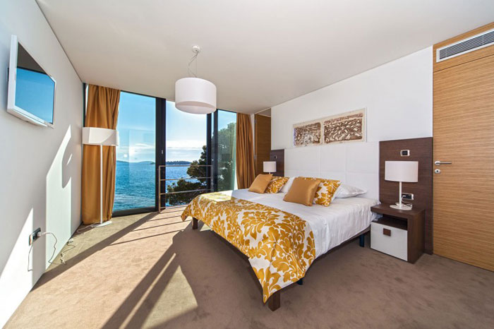 73736567119 The exquisite Golden Rays Villa in Croatia on the Adriatic Sea