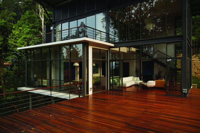 73517568632 Beautiful deckhouse in the woods designed by Choo Gim Wah Architect