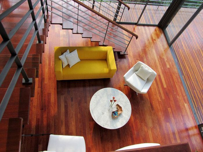 73517663958 Beautiful deckhouse in the woods designed by Choo Gim Wah Architect