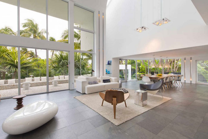 73200622809 Beautiful and luxurious airy home in Key Biscayne