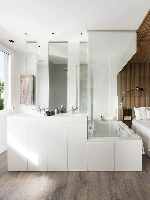 b8 Minimalist apartment with lots of bookshelves designed by Susanna Cots in Barcelona
