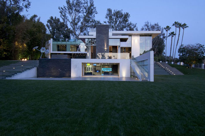 69587361918 The exquisite summit house by Whipple Russell Architects