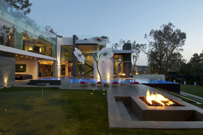69587370216 The exquisite summit house by Whipple Russell Architects