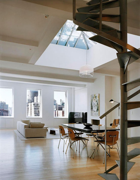 two2 Cool apartment in a neat building on the Gold Coast of Greenwich Village
